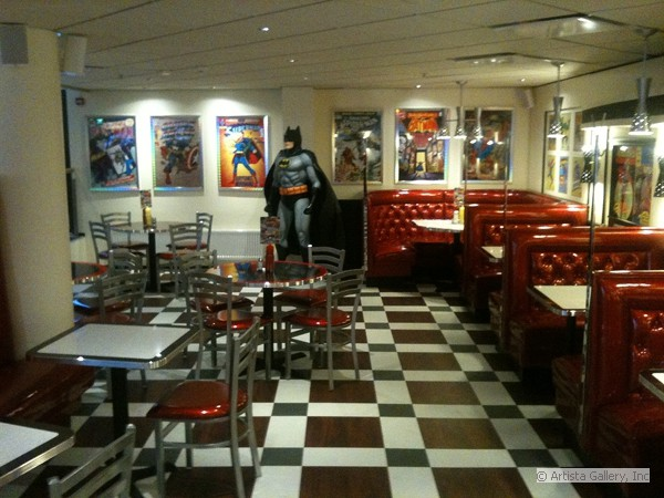 Daddy's Diner at the Mall in Finland by New Retro Design